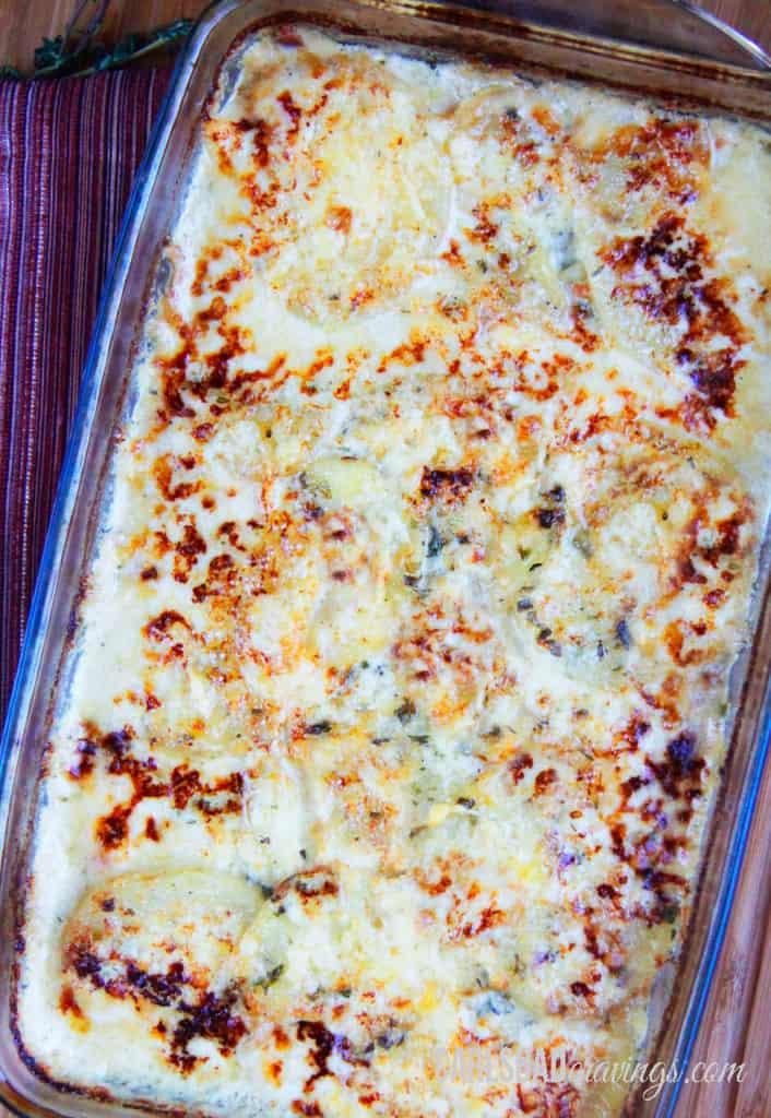 Herbed-Gruyere-Scalloped-Potatoes-&-Bacon-Au-Gratin03