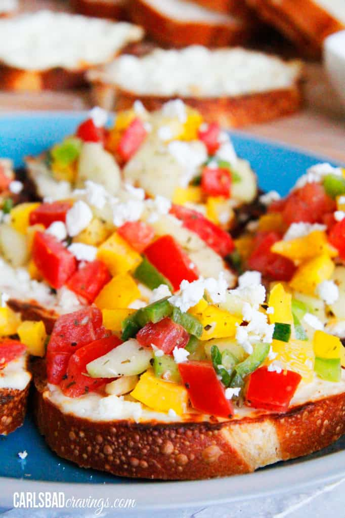 Toasted-Cream-Cheese-Feta-Bruschetta-6